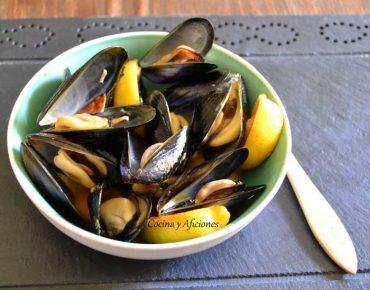 Clochinas (mejIllones) al estilo valenciano, receta paso a paso.