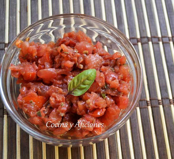 tapa-tartar-de-tomate-adria-(1)
