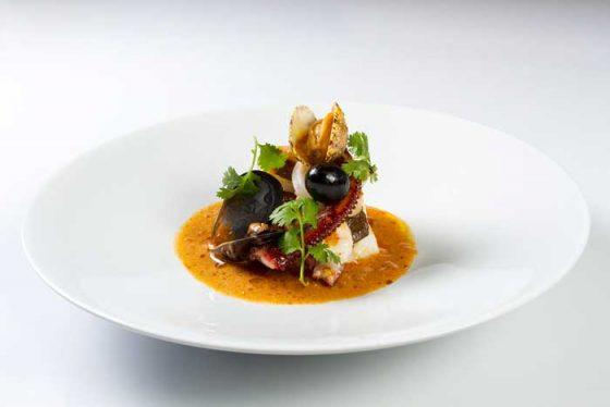 bacalao-suquet-de-gambas-calamares-y-pulpo-kitchen-club