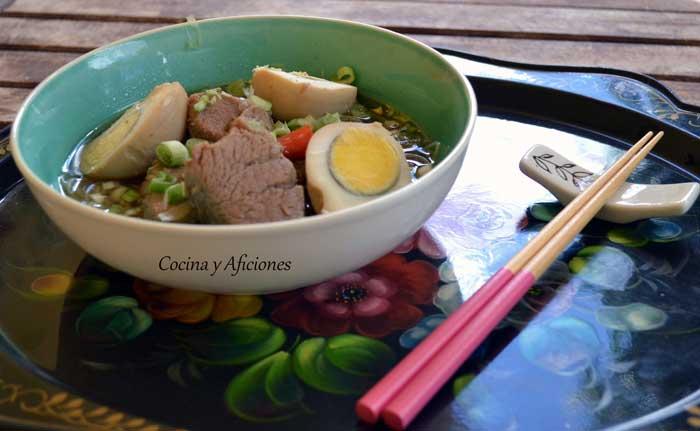 sopa-de-cerdo-y-coco-1-copia