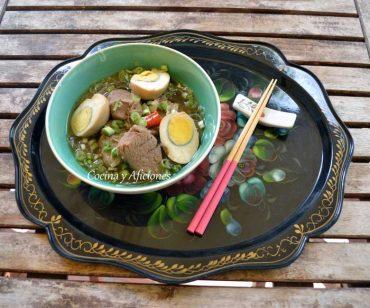 Carne de cerdo cocinada en agua de coco -Cách làm THỊT KHO NƯỚC DỪA HỘT VỊT-