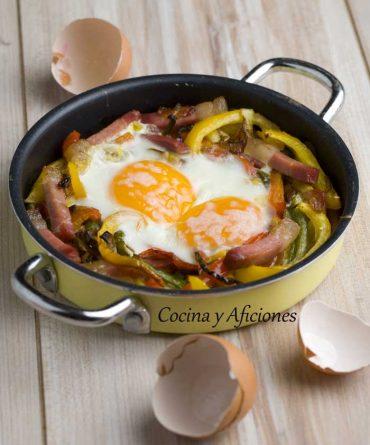 Huevos a la cazuela, receta paso a paso.