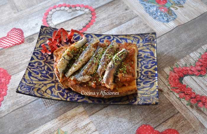 tosta-de-sardinas-salsa-antibers-3