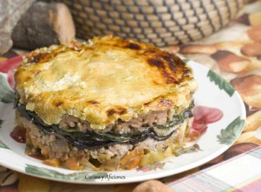 Pastel de carne y verduras sencillo y sano, receta paso a paso.