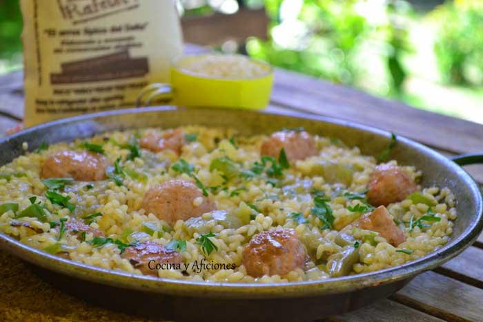 arroz-con-salchichas-frescas-1