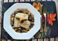 Skrei (bacalao de Noruega) en salsa de castaña y setas, receta paso a paso.