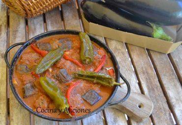 Kebab de berenjenas (Urfa), receta armenia.