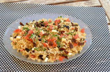 Ensalada mediterránea de arroz, receta paso a paso.