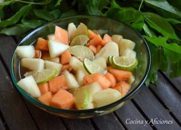 Melón con caipirinha, una receta refrescante.