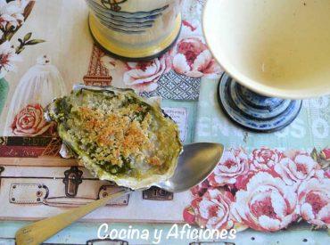 Ostras Rokefeller en dos versiones, la receta mas famosa de Nueva Orleans