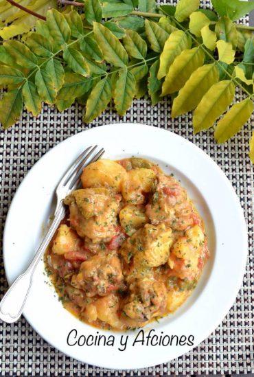 Pollo al estilo del Congo (kuku paka), receta increíblemente rica.