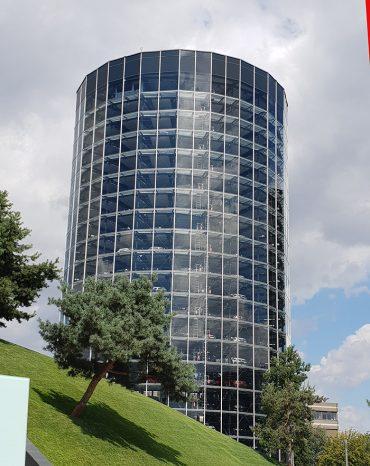 """Visita a la """"ciudad del automóvil de la Volkswagen"""" en Wolfsburg (Alemania)"""