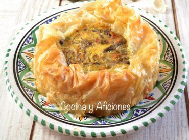 Tarta salada rellena de carrilleras, receta