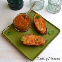 Torrijas de naranja sanguina y Cointreau, deliciosas.
