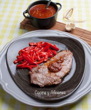 Presa ibérica con salsa chimichurri, receta sencilla y deliciosa