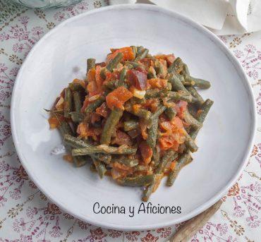 Judías verdes con chorizo, receta fácil, rica y barata.