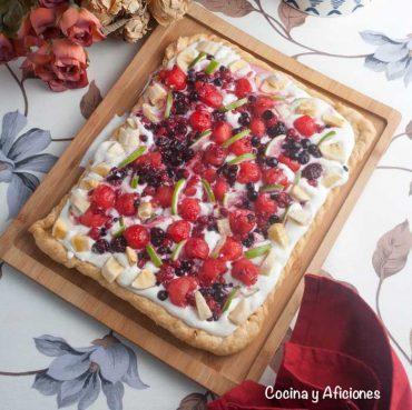 Tarta de macedonia con mucha fruta, la mas rica y bonita.