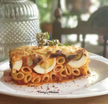 Pasta n'casciata, la receta italiana favorita del Comisario Montalbano