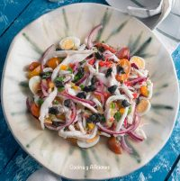Salpicón de raya con ajo negro, receta deliciosa y elegante