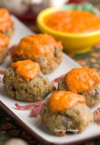 Albóndigas de setas con salsa de pimiento, receta deliciosa y casera