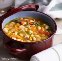 Sopa exprés de alubias pochas con pimientos receta más fácil imposible y deliciosa a tope