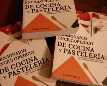 Diccionario enciclopédico de cocina y pastelería, un libro para consultar.