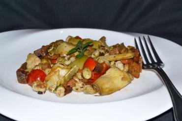 Alcachofas, habas y tomates cereza con hierbabuena, receta paso a paso.