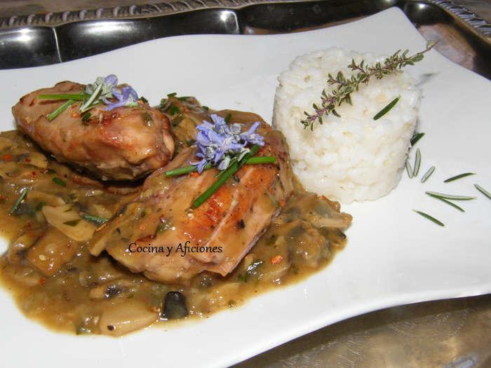 Lomos de conejo en Salsa Périgueux con champiñones y trufa 4