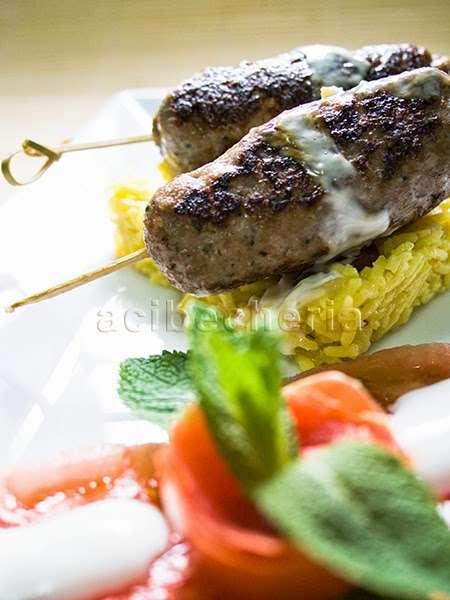 Lyulya-Kebab marga