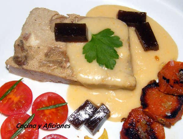 Pastel de boletus con salsa ligera de queso y gelee de Pedro Ximenez 1 (1)
