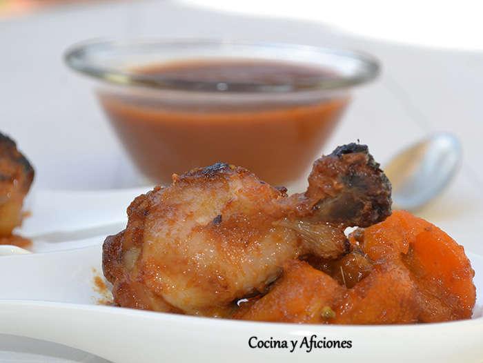 Alitas con toque caribeño y kumquats, receta paso a paso.