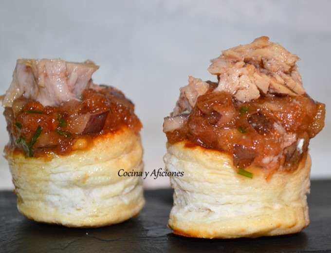 aperitivo de tartar de tomate y datiles 1