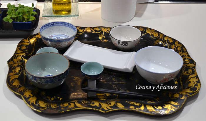 Disposici n tradicional mesa japonesa gastronomia japonesa for Mesa japonesa tradicional
