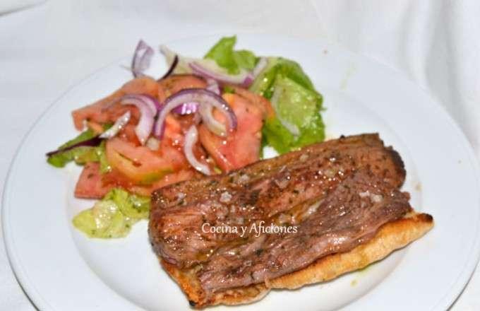 bocata de carne a la parrilla con chermuola ok 1