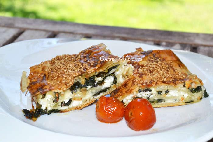 Börek de queso feta y espinacas, receta paso a paso
