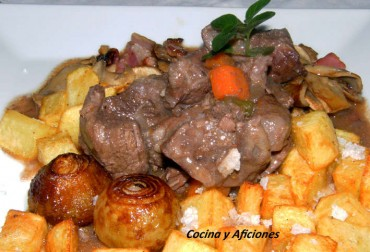 Buey  (Boeuf)  Bourguignon, receta