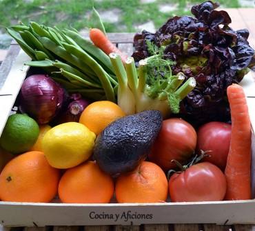Como preparar los ingredientes de una ensalada para conseguir un resultado estupendo, apuntes.