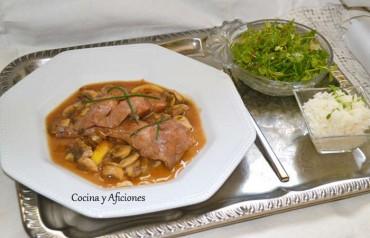 Conejo en salsa de Oporto, receta paso a paso