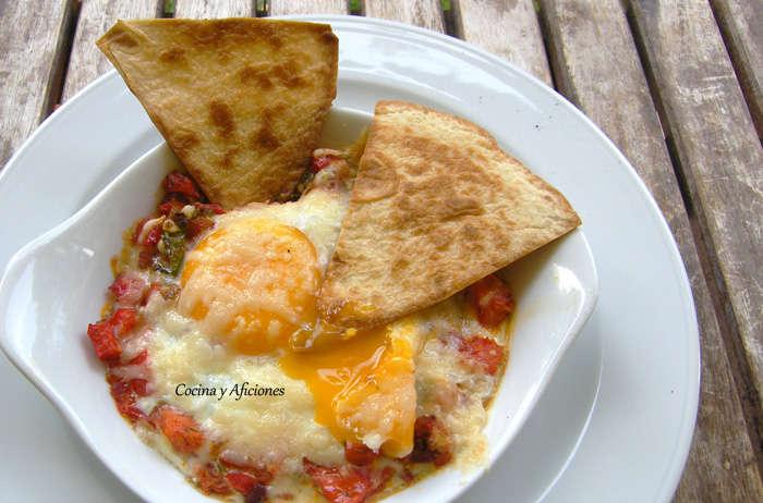 Huevos rancheros, receta paso a paso.