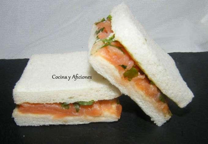 emparedado salmon