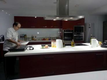 Curso de cocina con Nacho Garbayo en Dismuco