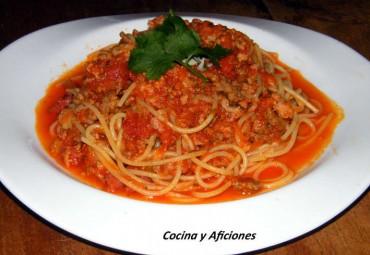 """Espaguetis napolitanos  """"Imbottite"""", receta"""