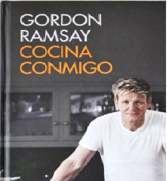 Cocina conmigo, aprende a cocinar con el libro de Gordon Ramsey.