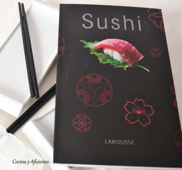 El libro del Sushi, un práctico y bonito regalo navideño