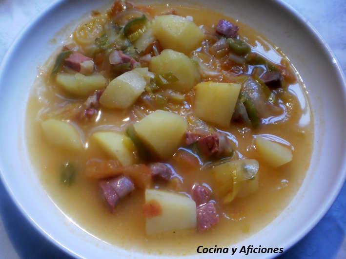 Guiso de patatas con verduras y jam n ib rico receta - Platos con jamon iberico ...