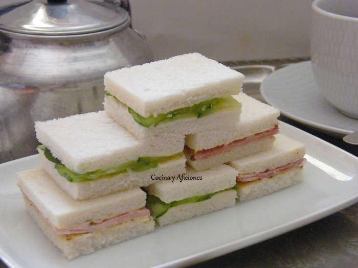 Sándwiches para el te de la tarde, la clásica receta britanica