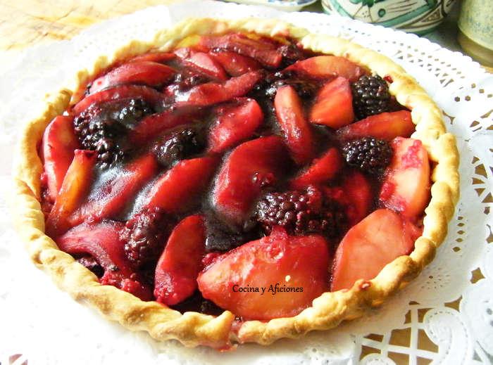 Tarta de  manzanas y frutos rojos con velo de jengibre, receta paso a paso