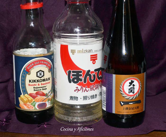 Ingredientes imprescindibles de la  cocina japonesa, soja, sake y mirin apuntes.
