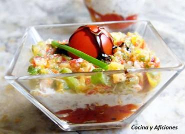 Vasito de pimientos rojos, atún y vinagreta, receta